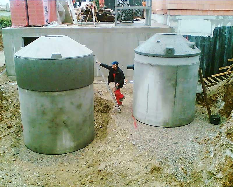 Errichtung eines Schluckbrunnens für Regenwasser mit Vorreinigungseinheit,  Deisenhofen